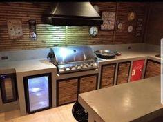 Gazebo, Bbq, Flat Screen, House, Gardens, Pools, Basement Bars, Mohawk Updo, Barbecue Grill