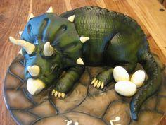 Triceratops cake