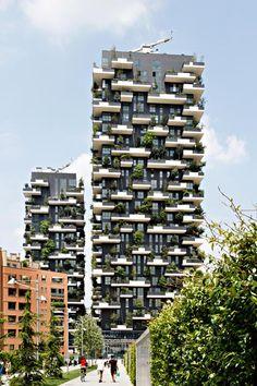 Allein 800 Bäume beherbergen die Wohnkomplexe Bosco Verticale in Mailand. Damit gewinnt ein architektonisch eher unscheinbares, aber sehr grünes Projekt den Internationalen Hochhauspreis 2014.
