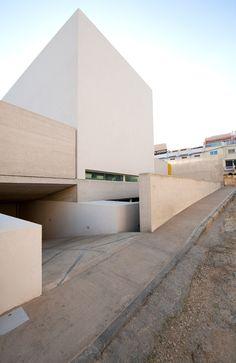 Helena's Villa / Grech & Vinci Architecture & Design - Triq L-Ibraġ, Safi, Malta