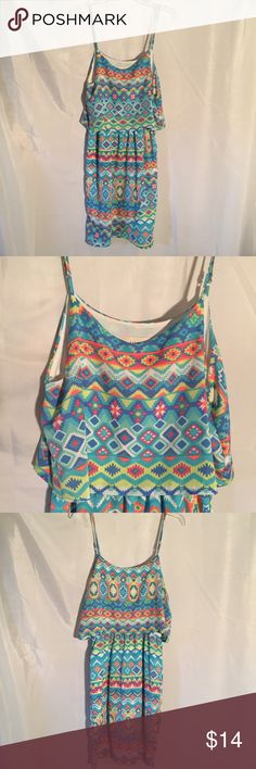 Everly sun dress size M Everly sun dress. Size M 100% Polyester Everly Dresses