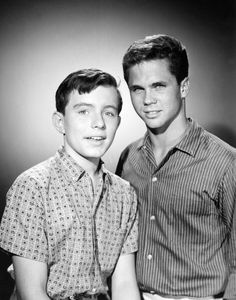 Leave It To Beaver Pictures and Photos Beaver Pictures, Jerry Mathers, Tony Dow, Life In The 1950s, Leave It To Beaver, Vintage Television, Stars Then And Now, Tv Guide, Old Tv