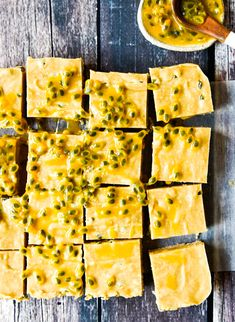 Passionfruit Slice with Thermomix and Conventional Instructions. Simple, delicious and free from gluten, grains, dairy, egg and refined sugar. Thermomix Recipes Healthy, Thermomix Desserts, Raw Food Recipes, Sweet Recipes, Cooking Recipes, Cooking Tips, Desserts Crus, Raw Desserts, Paleo Dessert