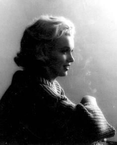 Marilyn by Milton Greene in September 1953.
