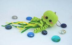 Happy jellyfish amigurumi crochet pattern - FREE