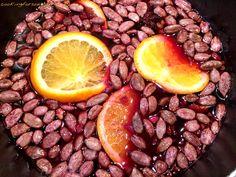 Glühwein-Senf ohne Zucker - ein weihnachtliches Senf Rezept mit Portwein, braunem Xucker (Bronze), Orangen, Zimt, Kardamom, Aceto Balsamico und vieles mehr.