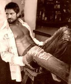Gerard Butler For his role in LAW ABIDING CITIZEN (Directors cut is amazing)... Best show ever and he was amazing