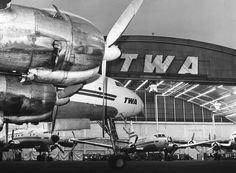 TWA  Lockheed Super Constellation - Trans World Airlines