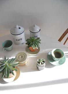 Urban Jungle Bloggers: Plants & Coffee via @catesthill