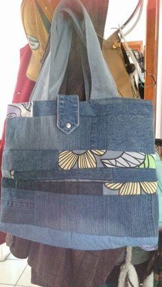 bolsa mezclilla diferentes tonos con tela estampada... muy mona