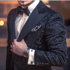 Newest Coat Pant Designs Black Sample Males Go well with Formal Slim Match 2 Piece Tuxedo Skinny Blazer Customized Fits Masculino Jacket+Pant Tuxedo Wedding, Wedding Suits, Wedding Tuxedos, Mens Fashion Suits, Mens Suits, Men's Fashion, Latex Fashion, Fashion Vintage, Roulette Tattoo