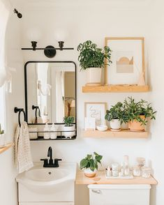 Who loves a good BEFORE & AFTER? This tiny bathroom refresh was so much fun to do earlier this year. It's amazing what a fresh coat of… Bathroom Inspiration, Home Decor Inspiration, Decor Ideas, Home Decorations, Cute Bathroom Ideas, Bathroom Stuff, Decor Diy, Bathroom Inspo, Boho Decor