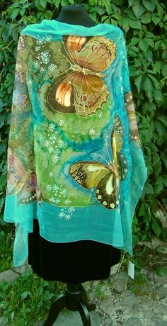 Natural silk shawl butterfly turquoise hand por Studijakalla