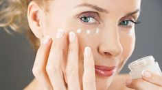 5 Eye Creams and Serums for Dark Circles and Wrinkles Best Beauty Tips, Beauty Bar, Beauty Hacks, Hair Beauty, Face Care, Skin Care, Anti Aging Tips, Skin Tips, Thing 1