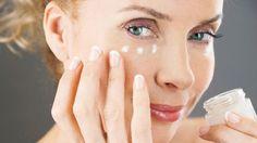 Ako zbaviť pokožku vrások? Vyrobte si domáci botox! Tento zázračný koktejl omladí vašu pleť! | Casprezeny.sk