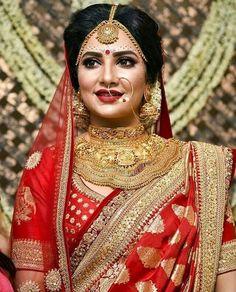 Sabyasachi Bridal Gowns Lehenga Choli New Ideas Bengali Bride, Bengali Wedding, Saree Wedding, Wedding Dresses, Wedding Outfits, Engagement Dresses, Royal Indian Wedding, Indian Wedding Pictures, Indian Weddings