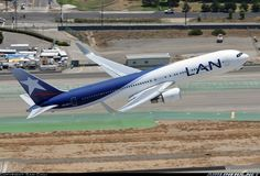 LAN Airlines CC-CZT Boeing 767-316/ER aircraft picture