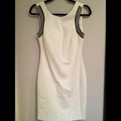 Zara dress Worn once, good condition Zara Dresses Midi