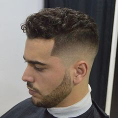 "55 Gorgeous Men's ""Back to School"" Hairstyles – Ways to Look Young 55 Gorgeous Men's ""Back to Mens Short Curly Hairstyles, Back To School Hairstyles, Haircuts For Men, Wavy Hair Men, Curly Hair Cuts, Curly Hair Styles, Hairstyle Look, Gorgeous Hairstyles, Mens Back"