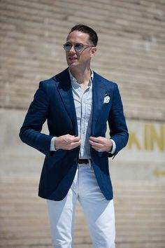 White denim is seasonally agnostic but always feels at home during the spring. How's your