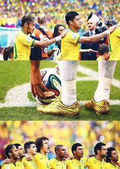 Oh god Fifa Football, National Football Teams, Inspirational Soccer Quotes, Daniel Alves, Messi And Neymar, Football Is Life, Fc Barcelona, Cristiano Ronaldo, Football Players