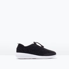 ZARA - DAMEN - SNEAKER MIT GLITZER Plain Black, Zara Shoes, Workout Gear, Trainers, What To Wear, Women Wear, Slip On, Fashion Outfits, Outfits