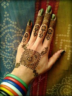 137 Best Henna For Palm Images Mehndi Art Henna Art Henna Mehndi