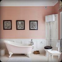 Gorgeous pink bath & peach walls