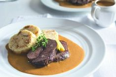 Bažantí stehna se zelím a bramborovými knedlíčky | Apetitonline.cz Ham, Steak, Menu, Chef Recipes, Menu Board Design, Hams, Steaks, Menu Cards, Beef