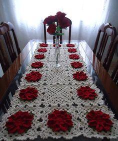 Caminho de mesa - com Flor Margarida bicuda, segue o passo a passo (9625)
