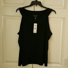 NWT Ralph Lauren Sleeveless Black Top sz 3X Macy's: Ralph Lauren designer sleeveless black top sz 3X. Perfect for business or casual attire. Retails for $64.50. Any questions just ask...Thanks for looking! Ralph Lauren Tops Blouses