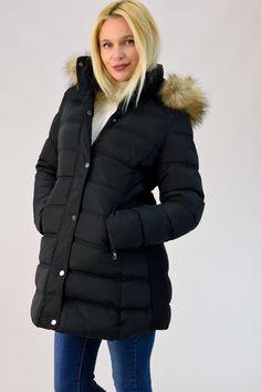 ΜΠΟΥΦΑΝ ΚΑΠΙΤΟΝΕ ΜΕ ΓΟΥΝΑ ΣΤΗΝ ΚΟΥΚΟΥΛΑ Fall Winter, Autumn, Winter Collection, Winter Jackets, Fashion, Winter Coats, Moda, Fall Season, Winter Vest Outfits