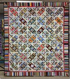 Tumalo Trail by Bonnie Hunter Book: Scraps & Shirttails II Quilt Block Patterns, Quilt Blocks, Quilting Projects, Quilting Designs, Quilting Ideas, Farmers Wife Quilt, Bonnie Hunter, Nine Patch Quilt, Jacob's Ladder