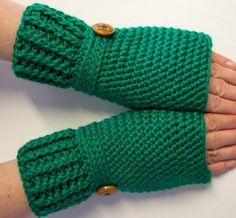 Kelly Green Crochet Fingerless Wristwarmer Wristcuff Texting Gloves by AxtellsCreations on Etsy Fingerless Gloves Crochet Pattern, Fingerless Mittens, Knitted Gloves, Wrist Warmers, Hand Warmers, Half Gloves, Special Gifts For Her, Warmest Winter Gloves, Winter Accessories