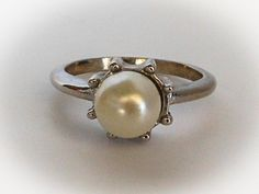 Vintage Silver Solitaire Pearl Ring   Size 9    Silver Plated by GemstoneCowboy on Etsy