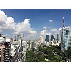 Instagram【miizukii0802】さんの写真をピンしています。 《Good morning ☀️🗼🏙✨ #myapartment #balcony #balconyview #beautifulview #instagood #instasky #instathings #tokyo #tokyotower #japan #tokyolife #instatokyo #instasky #instaworld #september #dayoff #relax #bluesky #東京 #いまそら #バルコニー #夕日 #夜景 #綺麗 #癒し #東京タワー #自宅 #バルコニーからの景色》