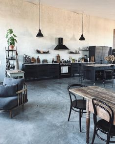 Our Berlin studio kitchen - black kitchen with marble - vintage furniture - loft style