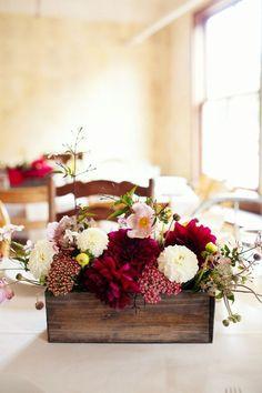 rustic woodbox wedding centerpiece / http://www.himisspuff.com/wooden-box-wedding-decor-centerpieces/15/