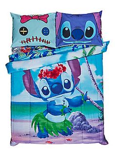 Sweet Hawaiian dreams // disney-lilo-stitch-hula-full-queen-comforter