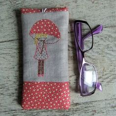 Mary Jane glasses case - Folksy