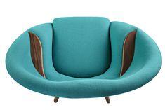 Detail picture above of Nanna & Jørgen Ditzel´s Oda armchair, designed in 1956.