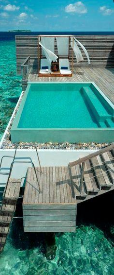 Dusit Thani Resort, Maldives | Amazing Snapz