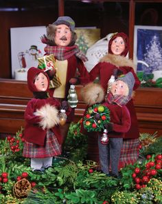 byers choice carolers burgundygold family