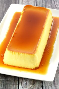 Cream cheese flan tres leche flan or cheesecake flan is a cross between cheesecake and flan it looks like a flan and tastes like cheesecake creamy and rich easy to make this recipe is a real crowd pleaser! Lemon Desserts, Köstliche Desserts, Great Desserts, Easy Cream Cheese Desserts, Cream Cheese Recipes, Flan Dessert, Dessert Party, Flan Cake, Cheese Flan Recipe