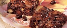 Looking for a decadent treat for coffee lovers?  Indulge with this easy brownie mix one.