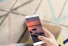 Cel mai frumos telefon din lume vine cu un nume haios (video) ! Vezi pe Cloe.ro