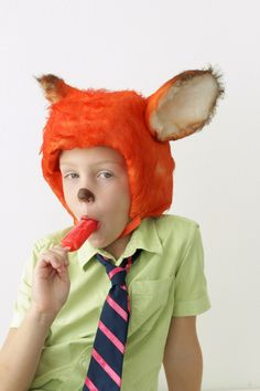 How to make a Nick Wilde Fox Costume from Zootopia on MADE Everyday.