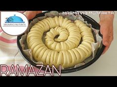 ŞEKLİNİ GÖREN HAYRAN KALDI‼💯KABARMAKTA REKOR KIRAN TEPSİ POĞAÇASI✅ŞAHANE BİR POĞAÇA HAMURU🔝 - YouTube Pasta Recipes, Appetizer Recipes, Appetizers, Turkish Recipes, Ethnic Recipes, Iftar, Biscotti, Apple Pie, Food And Drink