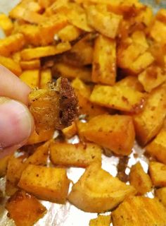 How to make the best roasted sweet potatoes. Slightly crunchy on the outside but soft on the inside. Yum!