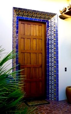 Make a colorful welcome to your guests with Mexican tile!